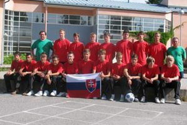 1. HFC Humenné. Humenskí futbalisti ako jediní hájili na Helsinki cupe 2009 slovenské farby.