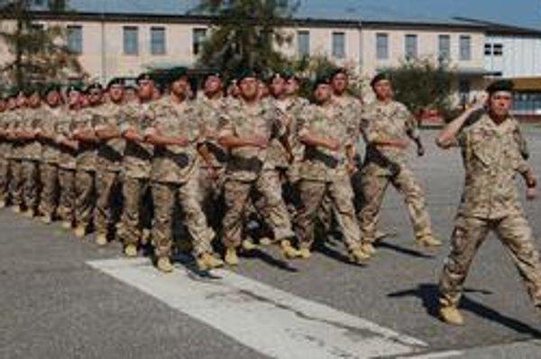 Vojaci. Do Afganistanu odchádza 105 slovenských vojakov.