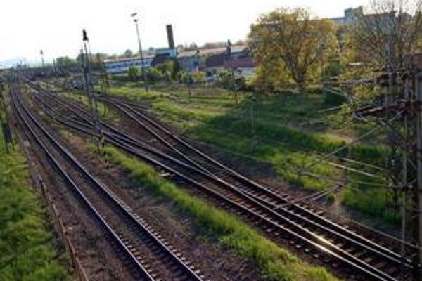 Budú ďalej izolovaní. Ľudia žijúci a pracujúci za traťou budú od zvyšku mesta ďalej izolovaní...