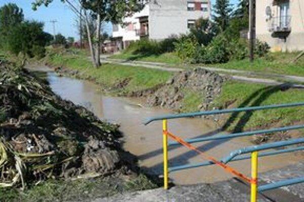 Pravidelné záplavy. Vylievaniu kanálov a potokov v okrese Sobrance má zabrániť polder.