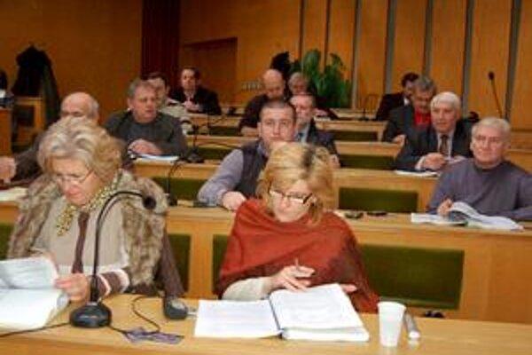 Odklepli to. Poslanci k téme veľa nedebatovali a úhradu 69-tisíc za prehru odklepli v rámci zmeny rozpočtu.