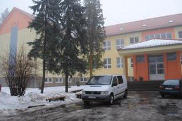 Na rekonštrukciu školy doplatí mesto vyše 72-tisíc eur.