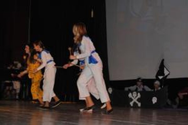 Mladí divadelníci predviedli divákom kráľovstvo fantázie.
