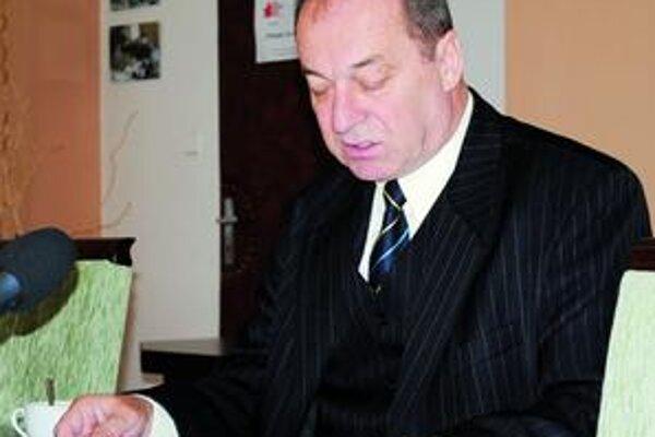 Primátor Vladimír Kostilník. Povedal, že mohlo vzniknúť 150 pracovných miest.