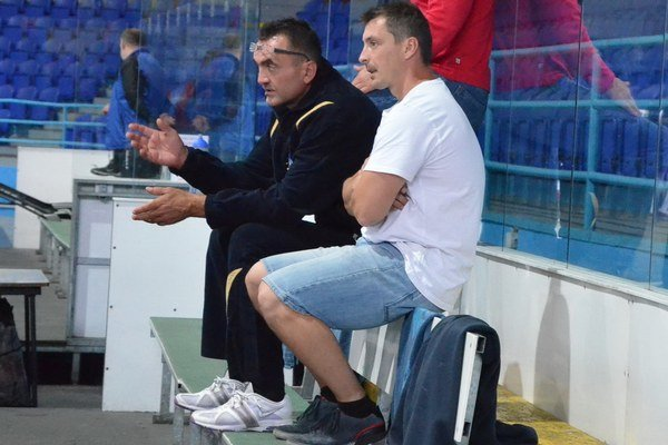 Horváth už trénuje a hrá prípravné stretnutia. Jedno víťazstvo, jedna prehra po predĺžení je doterajšia bilancia Mariána Horvátha (vľavo) v letnej príprave so Spišiakmi.