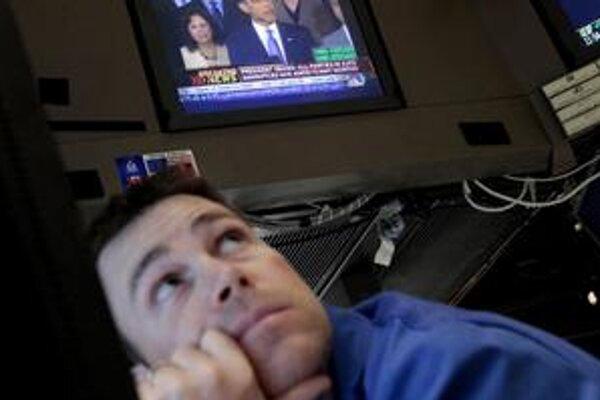 Aj keď akciové trhy rastú, ekonómovia vyzývajú k opatrnosti. Neznamená to, že nemôžu opäť klesnúť.