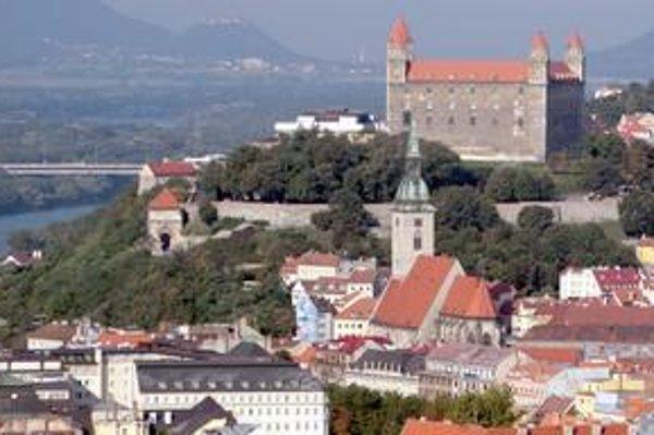 Slovensko je vďaka reformám predchádzajúcej vlády na tom v porovnaní s krajinami strednej a východnej Európy veľmi dobre.