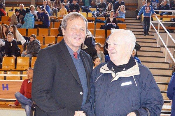 Trénerov tréner. Medzi prvými trénermi Jána Kozáka v rodnej obci bol Ján Filip (vpravo).