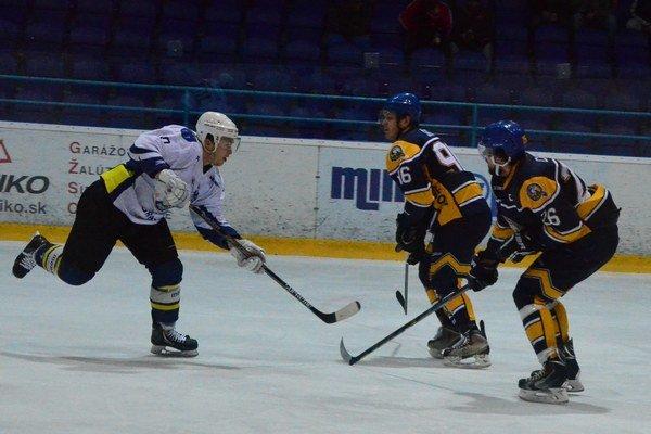 Začína sa play–off. Spišiaci majú za súpera Prešovčanov a Boris Krempaský (vľavo) bude bojovať proti bývalým spoluhráčom.