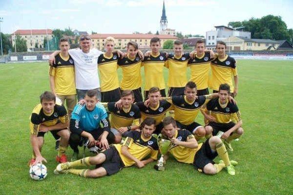 Víťazi dorasteneckej ligy. Po roku starší dorastenci FK Spišská Nová Ves opäť dominovali v 2. lige.