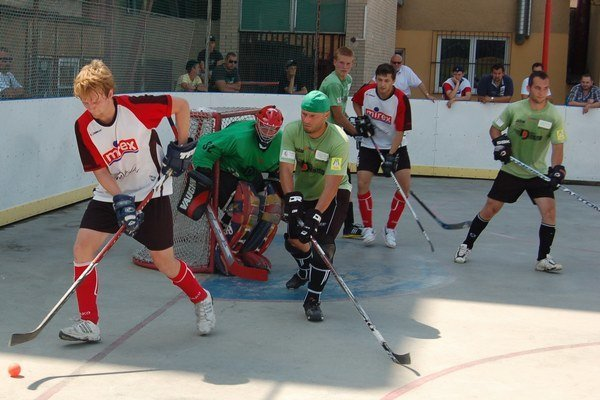 Extraliga na Spiši. Hokejbal má v Spišskej Novej Vsi dlhoročnú tradíciu. Extraliga by pozdvihla tento šport na ešte vyššiu úroveň.