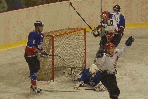 Prehra o gól. S Dolným Kubínom Gelničania stále doťahovali, ale nakoniec rozhodol jeden nešťastný gól.