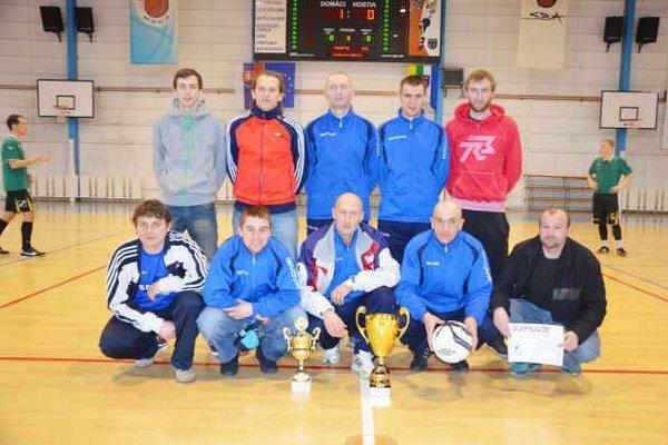 Na 13. ročníku turnaja O pohár predsedu SOFZ dominovali SŠM Bystrany. Po roku sa opäť z prvého miesta a zisku putovnej trofeje radovali hráči SŠM Bystrany.
