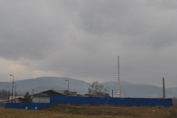 Hnedý priemyselný park ostáva prázdny.