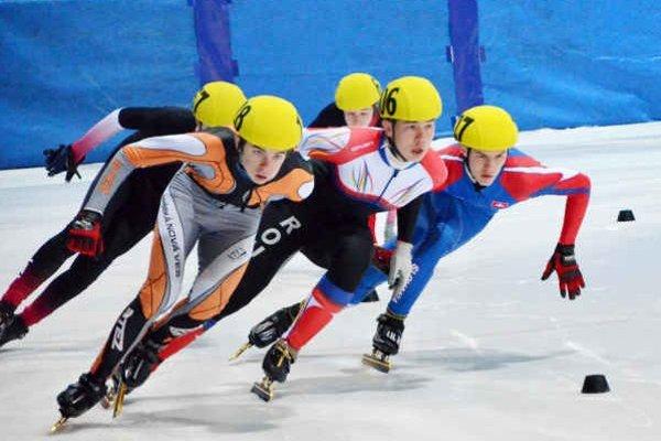 V Sofii dobré výsledky. Vo  finále Európskeho pohára juniorov sa Michalovi Čujovi (vpravo) a Alici Porubskej darilo.