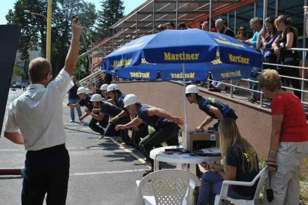 Hasičská súťaž. Krompašskí hasiči sa tiež uchádzali o podporu mesta. Každým rokom organizujú niekoľko súťaží.
