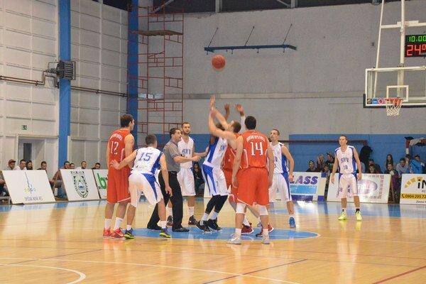 Už trénujú na extraligu. Sezóna skončila pre basketbalistov zo Spiša veľmi skoro.