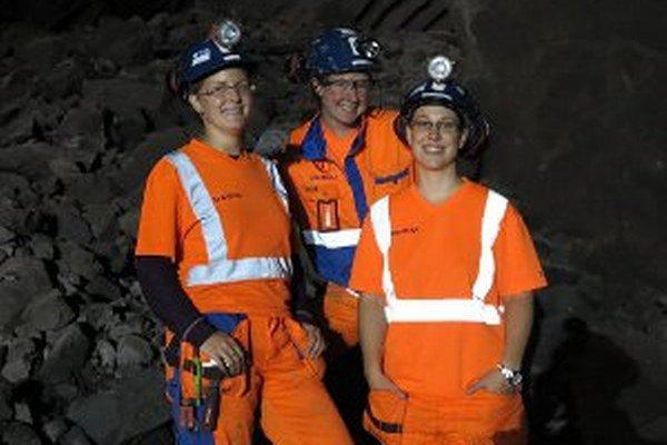 Ženy na stavbe nie sú v Nórsku ničím výnimočným. Vpravo Prievidžanka Petra.