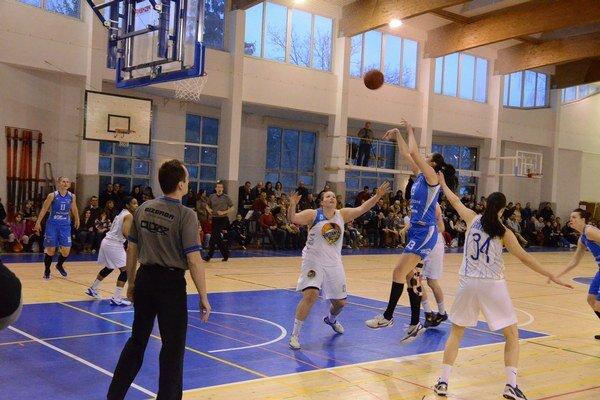 Veľa basketbalu. Po výbornej bronzovej sezóne sa fanúšikovia basketbalu na Spiši môžu tešiť na ďalší kvalitný ročník.