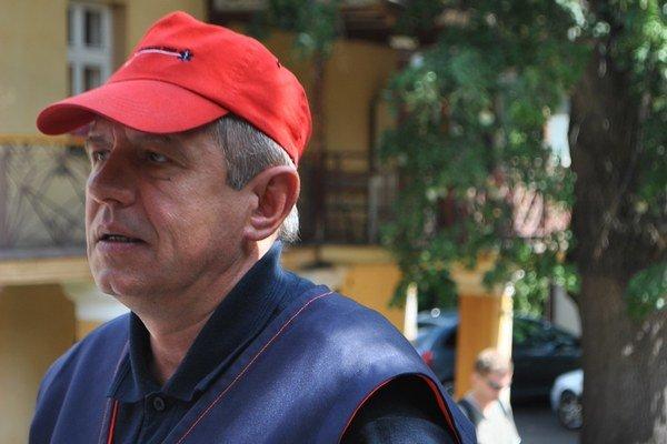O. Kostyukevych spolu s kolegami vošiel do tunela, aby zachraňoval.