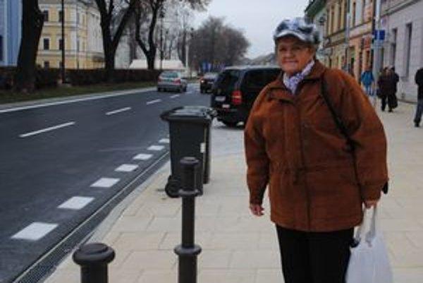 Helena Jedináková verí, že vynovené námestie nezničia vandali.