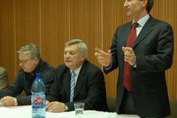 Na konferencii aj generálny sekretár. Spišiaci mali tú česť, že na ich konferenciu zavítal generálny sekretár SFZ Jozef Kliment.