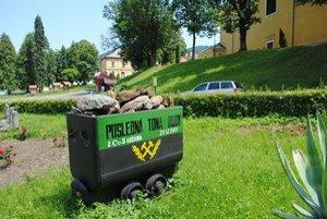 Ťažba. Poslednú rudu tu vyťažili v roku 1990. Slávna éra baníctva sa v Smolníku skončila.