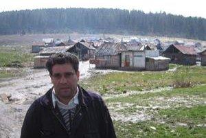 Vajda Miroslav Pécha je síce v Letanovskom mlyne vajdom, trvalý pobyt má v Poprade.