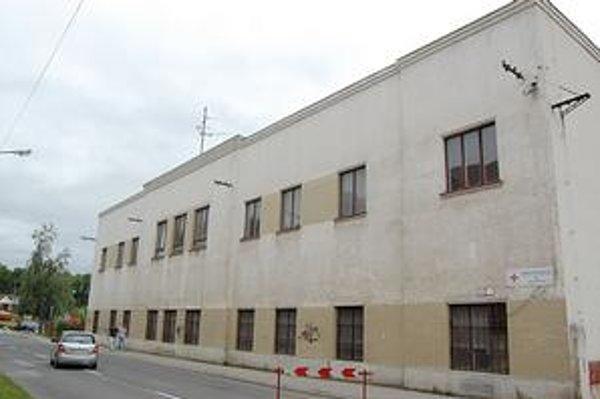 Budova na Rázusovej. Získala nového majiteľa. Objekt plánuje využívať na sociálne účely.