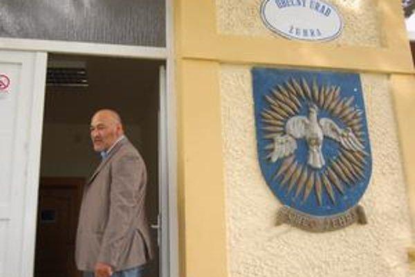 M. Mižigár. Zle spočítané hlasy ho pripravili o mandát poslanca. Nález ÚS SR ho vrátil späť do poslaneckej lavice.