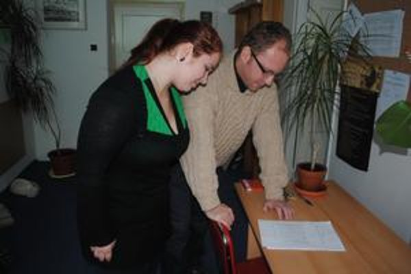 Po novom by už pri zaevidovaní petície v podateľní magistrátu mal byť prítomný aj pracovník z útvaru vybavovania sťažností a petícií. ILUSTRAČNÉ FOTO