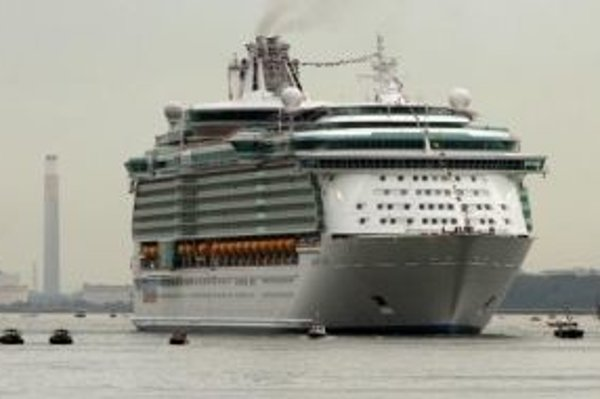 Spoločnosť Evraz Vítkovice Steel dodala plechy aj na doteraz najväčšiu loď svete Freedom of the Seas, ktorá bola spustená na hladinu v apríli 2006.