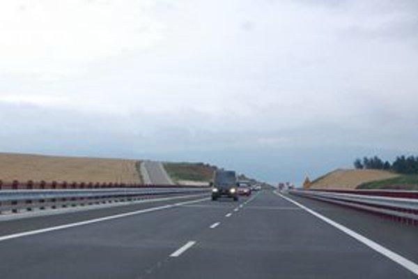 Diaľničný úsek Jablonov–Jánovce. Pracovať sa tu začne už o mesiac.