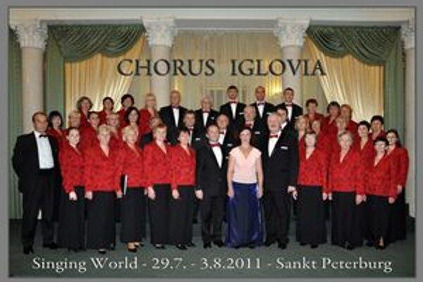 Chorus Iglovia. Na svetovom festivale v Petrohrade zožal úspech.