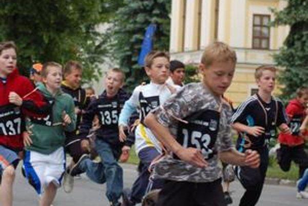 O tradičné bežecké podujatie bol obrovský záujem hlave v mládežníckych kategóriách.