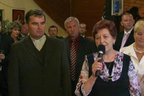 Autori. Š. Kosturko (vľavo) a M. Tančáková uviedli do života spoločné dielo.