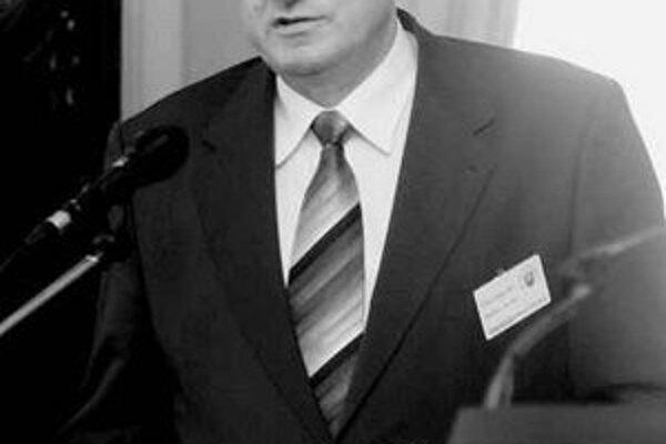 Predseda Slovenskej živnostenskej komory Vojtech Gottschall povedal, že novela Zákonníka práce nebude mať negatívny dosah na živnostníkov.