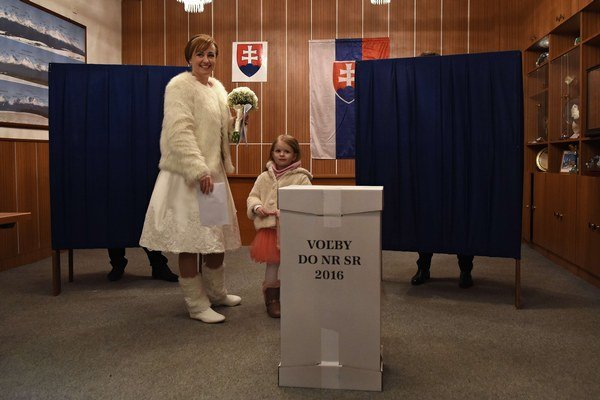 V Starom Smokovci volila aj nevesta, ktorá mala svadbu na Hrebienku.