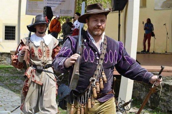 V nedeľu otvoria brány hradu vKežmarku. Pripravený je bohatý kultúrny program.