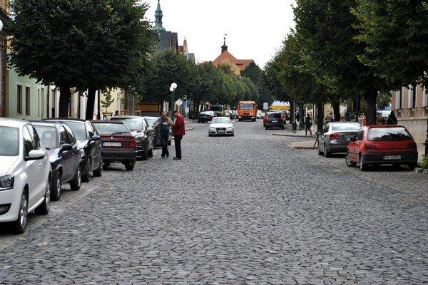V Kežmarku sa bude meniť systém parkovania.