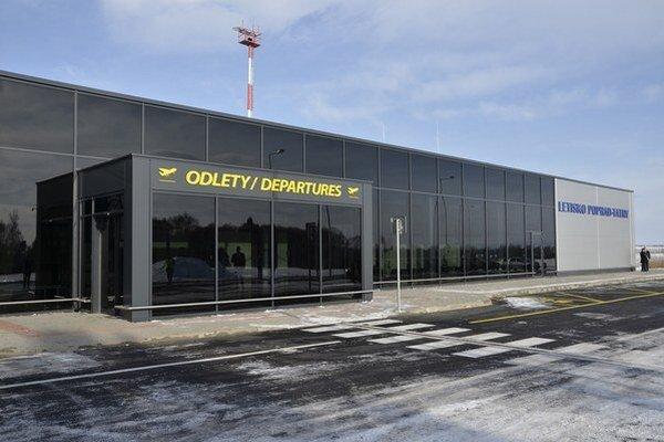 Popradské letisko má od minulého roku novú odletovú halu.