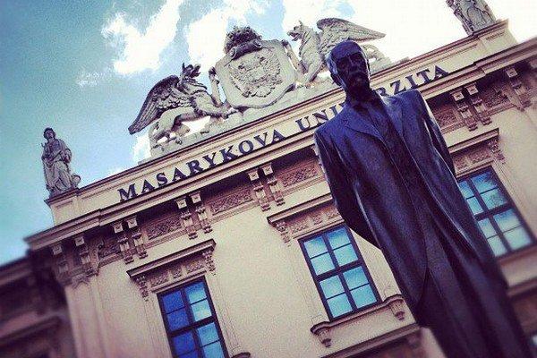 Masarykova univerzita. Študuje tu skoro šesťtisíc Slovákov.