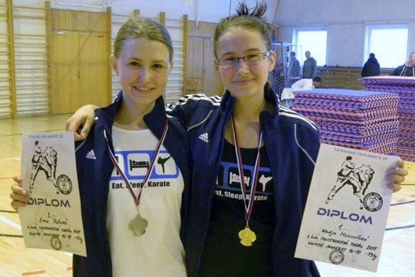 Centralistky. Aj Paľová (vľavo) a Moncoľová získali medaily.