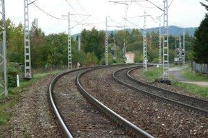 Na železničnom úseku Poprad-Tatry – Vydrník sa začína rekonštrukcia koľajiska.