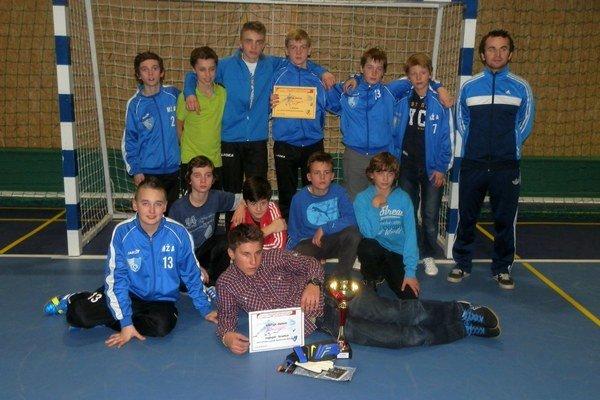 Cenné prvenstvo. FK Poprad triumfoval v silnej konkurencii.