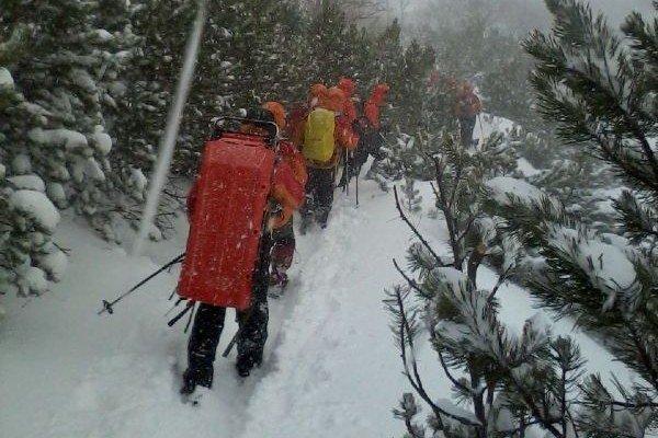 Záchranári na ceste do Veľkej Studenej doliny.