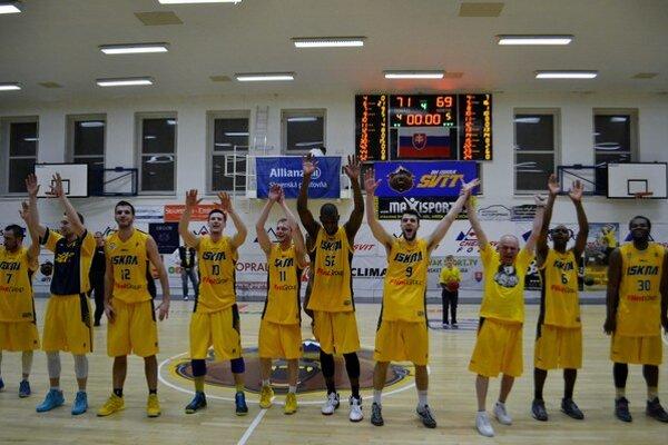 Postúpili. Basketbalisti Iskry Svit sú v semifinále.