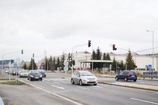 Nové semafory vyrástli aj na druhej križovatke v Spišskej Sobote.