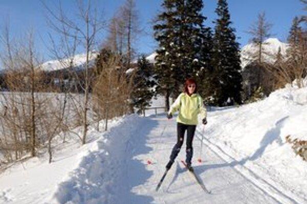 Bežecké lyžovanie na Štrbskom Plese.