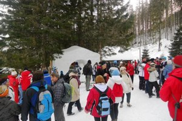 Davy turistov v nedeľu vyrazili na Rainerovu chatu.